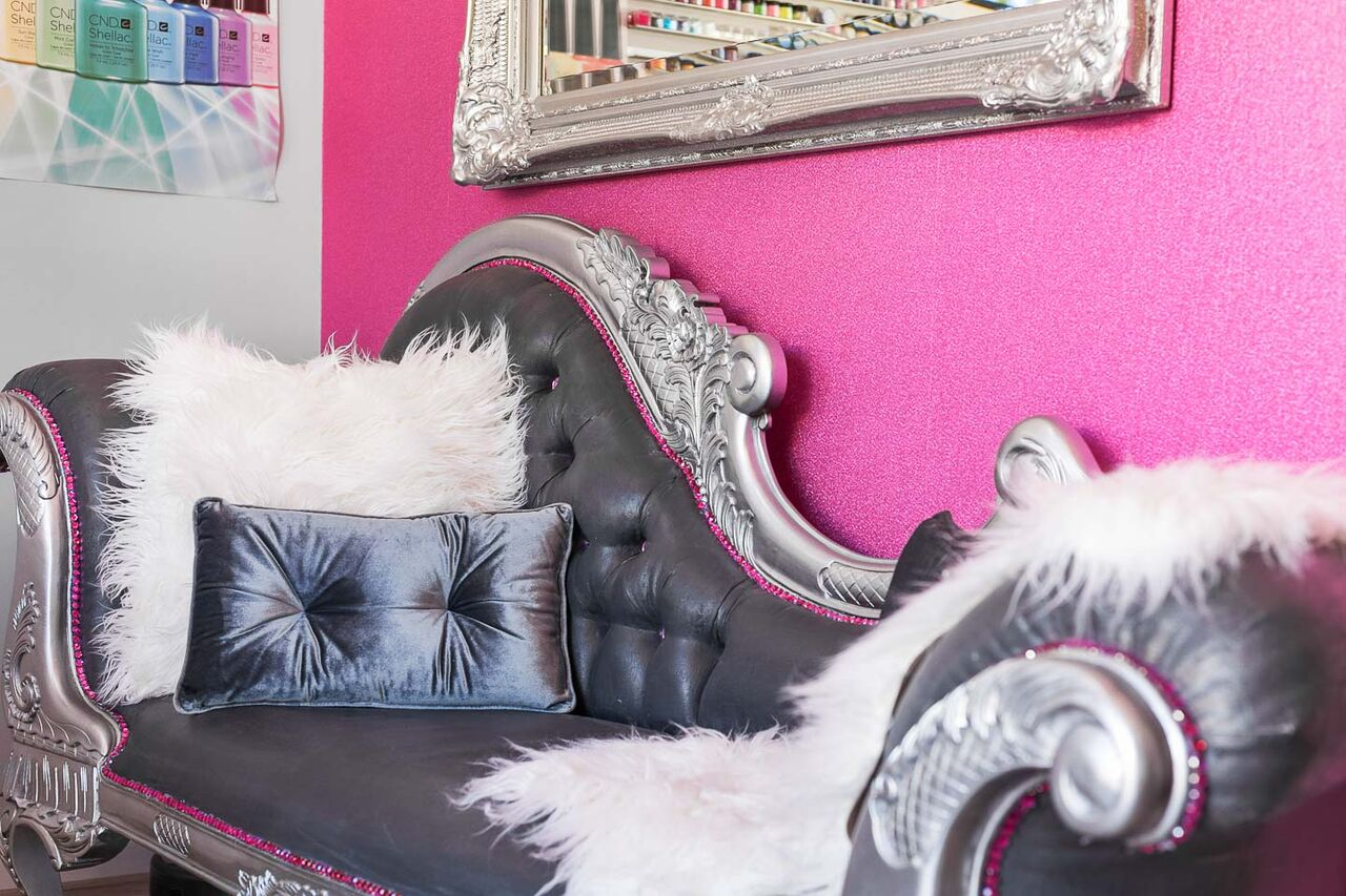 nails and beauty services bella butterfly beauty. Black Bedroom Furniture Sets. Home Design Ideas